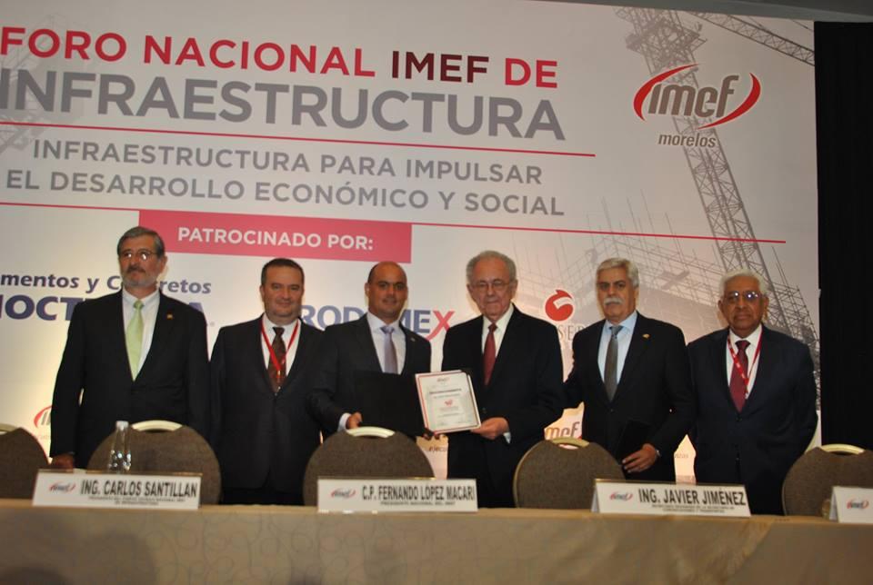 """Conferencia magistral: """"Políticas Públicas en Infraestructura"""", por Javier Jiménez Espriú."""