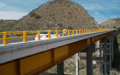Importancia de las Figuras AAS y SEO en Infraestructura Carretera